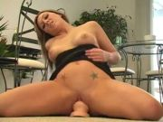 HOT BEAUTY 4 FINGERS HER COOKIE AND DOES A LITTLE SQUIRT